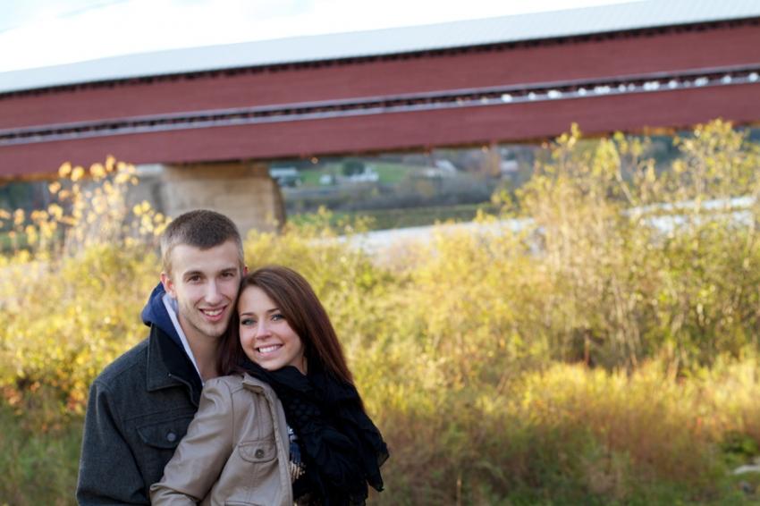 Une séance photo au vieux Pont Couvert à Notre-Dame-des-Pins